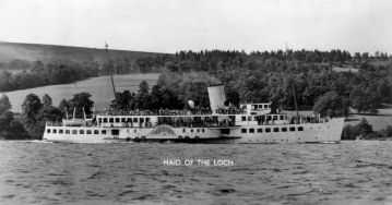 Maid of the Loch approaching Balloch